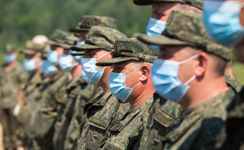 Военным и силовикам повысят зарплату