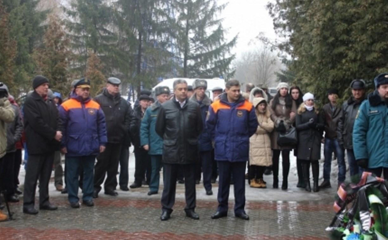 В Новомосковске прошла церемония прощания с горноспасателем Александром Белокобыльским