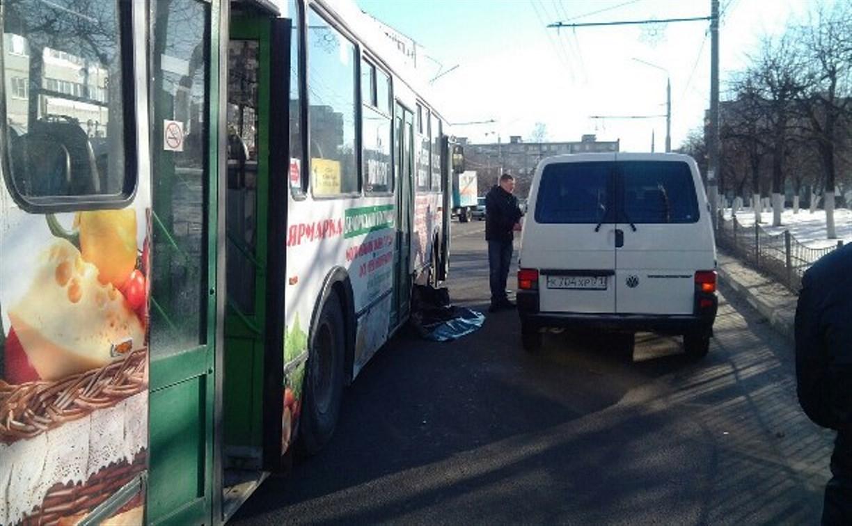В Заречье троллейбус сбил женщину с ребёнком