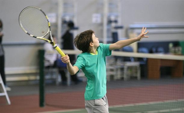 Стартовали Открытые первенства города и области по теннису
