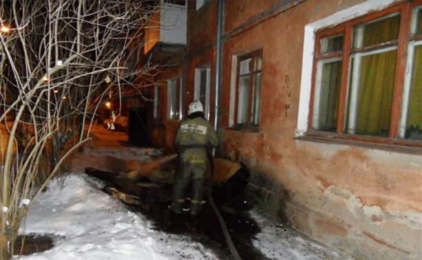 В Туле на пожаре мужчина отравился угарным газом