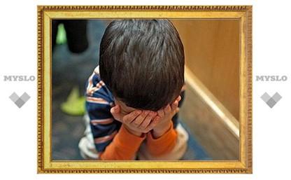 Житель Тульской области на глазах у детей избил воспитательницу детсада