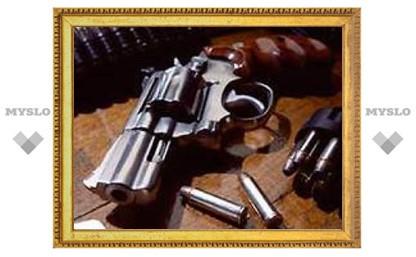В Индии ученики элитной школы расстреляли из револьвера одноклассника