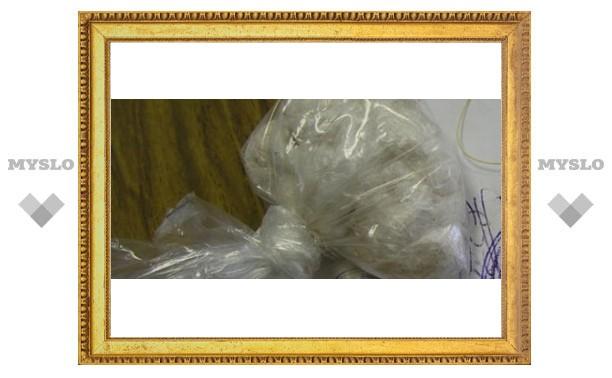 В Туле повязали 18-летнюю наркоторговку