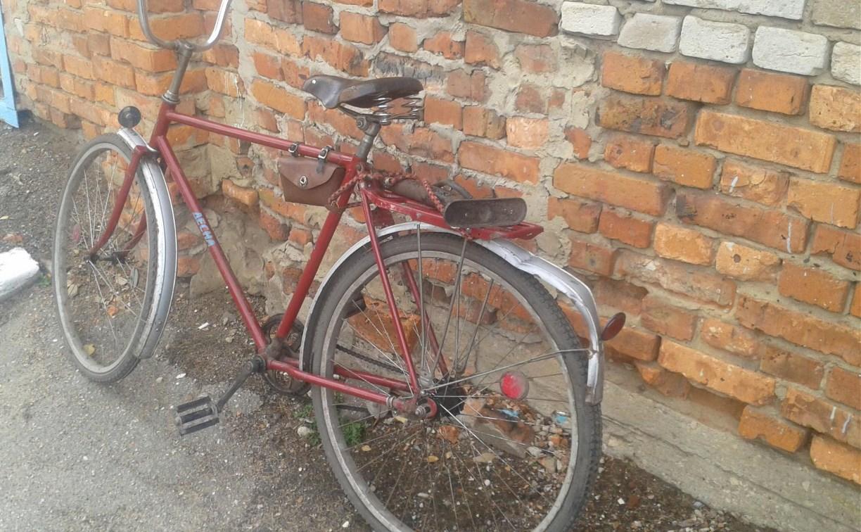 В Кимовске пьяный велосипедист столкнулся с «десяткой»