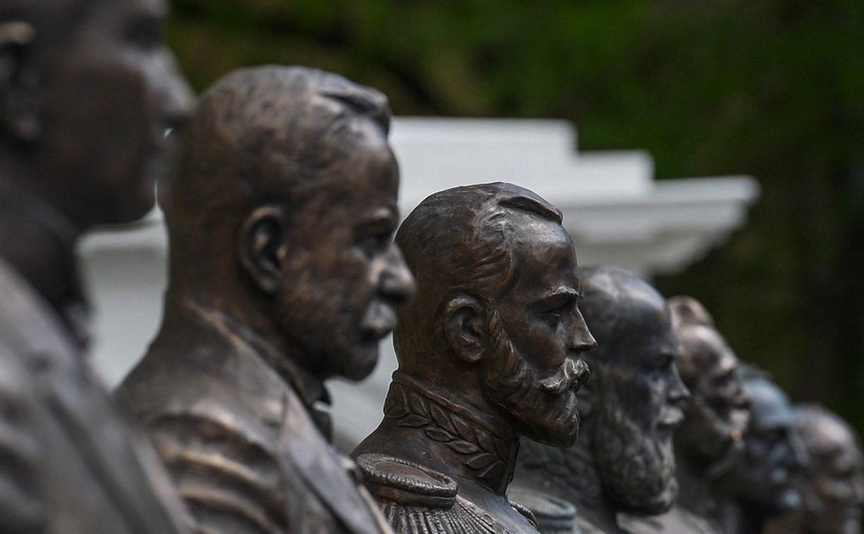 Регионы «меряются» памятниками царям
