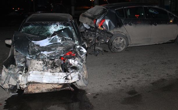 Двое туляков ранены в ДТП на проспекте Ленина