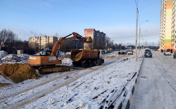 В Туле продолжается строительство дороги на улице Хворостухина