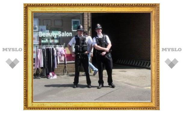 Британская полиция ищет грабителей, которые метят дома граждан иероглифами