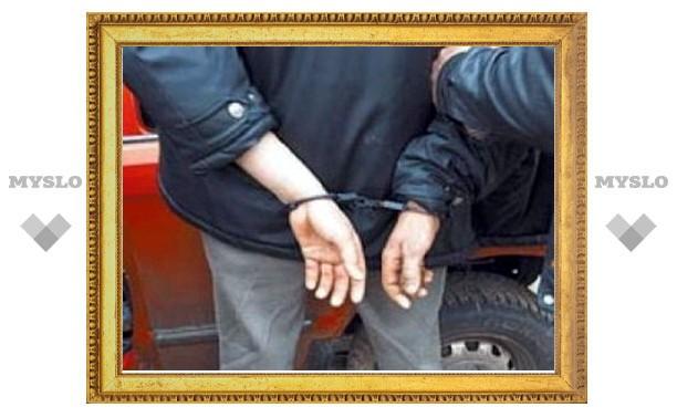 В Туле наркоторговцы пытались машиной задавить полицейских