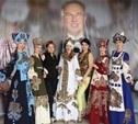 Модельер Вячеслав Зайцев наградил тульский театр моды