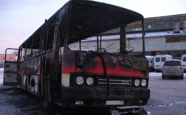 В Заречье сгорел автобус