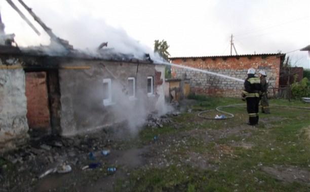 Под Ефремовом при пожаре в жилом доме пострадал мужчина
