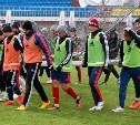 Тульский «Арсенал» провел первую тренировку во Владивостоке