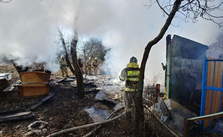 На Косой Горе в Туле пожар уничтожил дачу