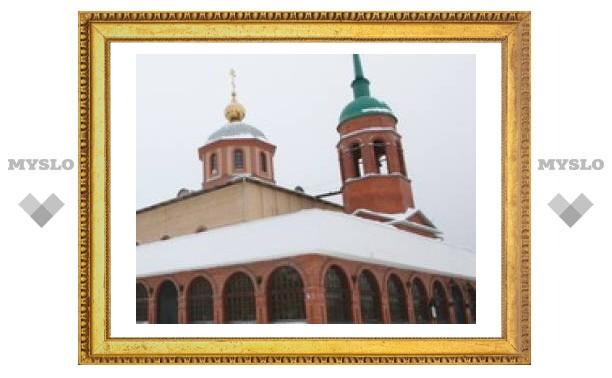 В Новомосковске продавали святую воду?