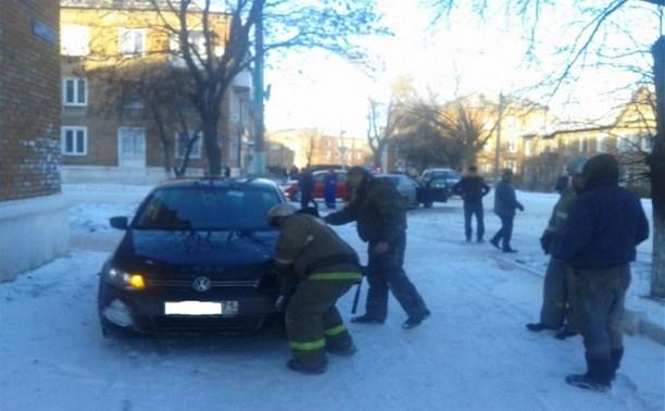 В Кимовске в результате ДТП водитель «Ниссана» была доставлена в больницу