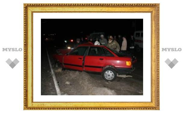 В центре Тулы иномарка протаранила уборочную машину (ФОТО)