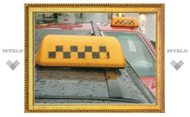 В Тульской области мужчина незаконно работал таксистом