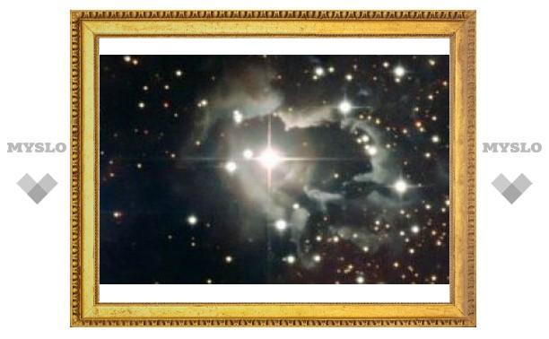 Астрономы сфотографировали редкую звездную систему