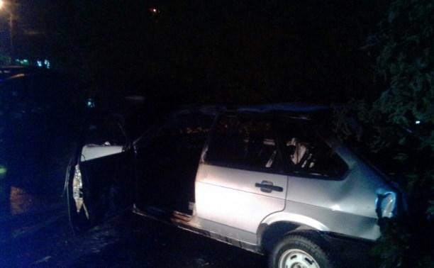В Туле на улице Металлургов ночью сгорела «девятка»