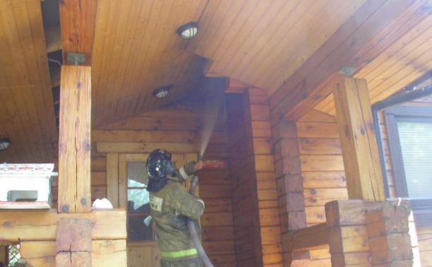 В Заокске баню тушили два пожарных расчёта