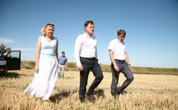 Владимир Груздев поучаствовал в уборочной кампании
