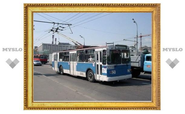 В Туле частично парализовано движение троллейбусов