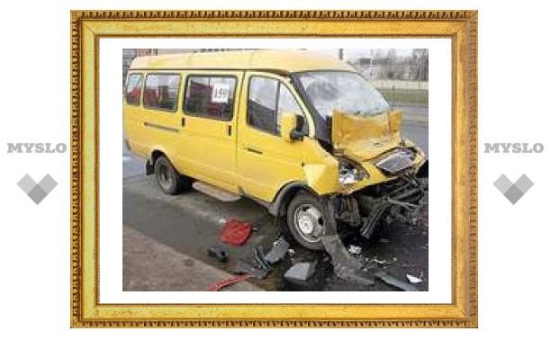 """На второй день """"недели безопасности дорожного движения ООН"""" в питерской маршрутке разбились 6 человек"""