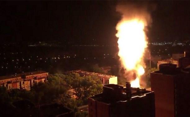 Ночью на ул. Михеева в Туле произошёл крупный пожар