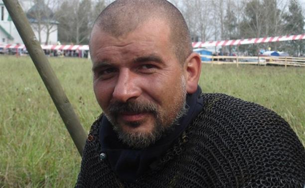 Новомосковского археолога, пострадавшего при взрыве газа, перевезли в Тулу