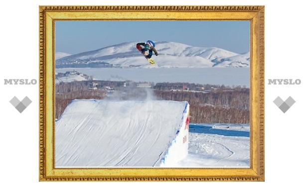 В международных соревнованиях по сноуборду второе место досталось новосибирцу