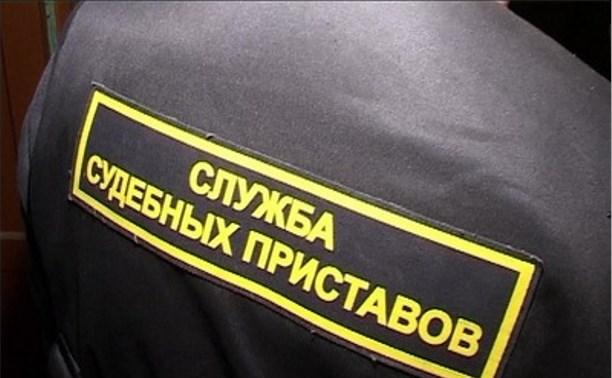 Автопарк ЗАО «Леда» арестовали за долги по зарплате