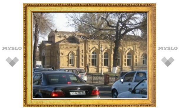 В Ташкенте ломают историческое здание православного храма