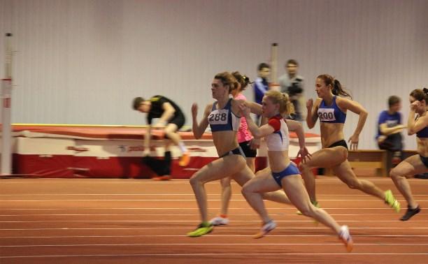 Тульские легкоатлеты продолжают успешно выступать в Смоленске
