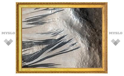 Орбитальный зонд сфотографировал полосы на Марсе