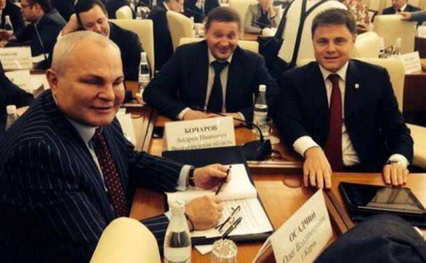 Владимир Груздев поздравил жителей Керчи с 70-летием освобождения города от фашистских захватчиков