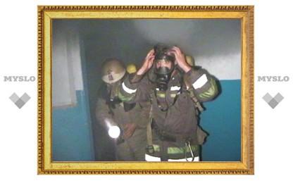 Пенсионер чудом не задохнулся при пожаре в тульской пятиэтажке