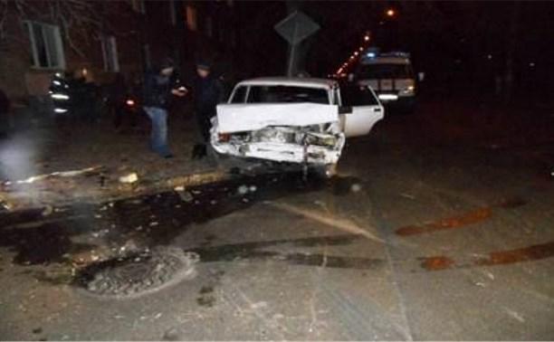 На ул. Мира столкнулись ВАЗ-2107 и «Хёндэ»