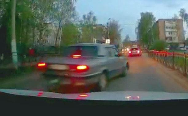 «Накажи автохама»: кимовский лихач на «Волге» попал на видеорегистратор