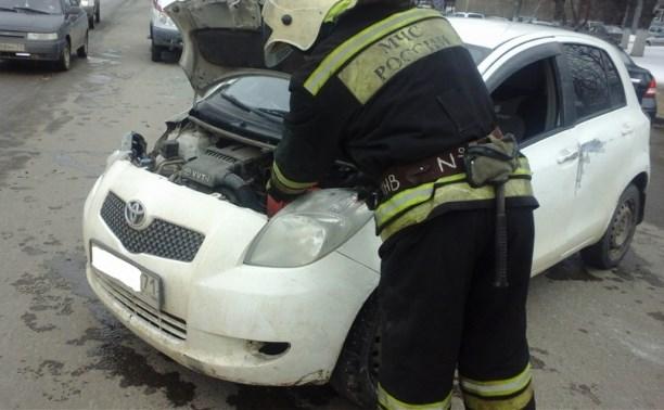 На Одоевском шоссе столкнулись две иномарки
