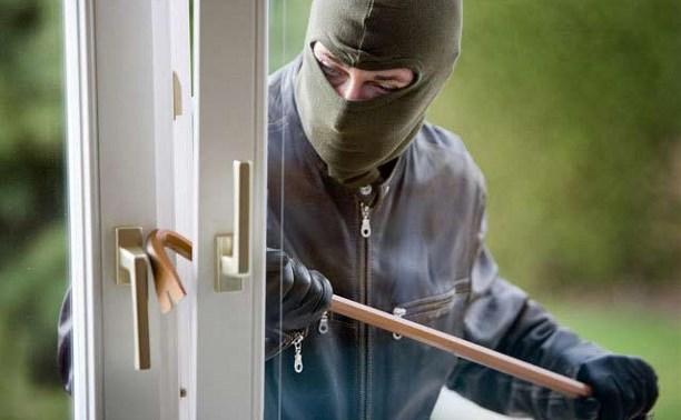 В Киреевском районе злоумышленник ограбил дачу и пришел в полицию с повинной