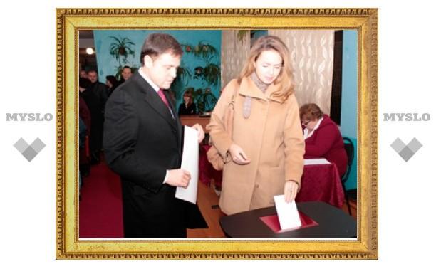 Владимир Груздев проголосовал в Заокском районе Тульской области одним из первых