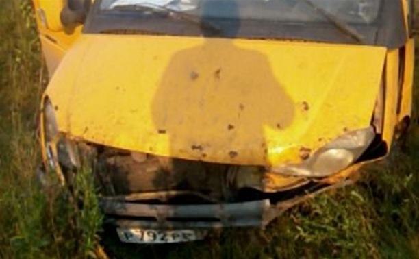 МЧС: после ДТП с пассажирской ГАЗелью госпитализированы три человека