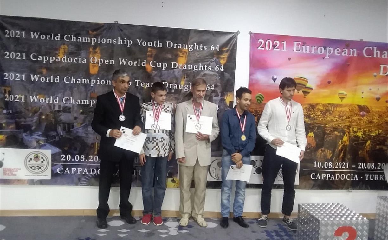 Туляки взяли серебро на чемпионате мира по шашкам