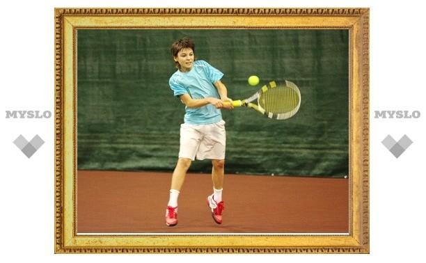 В Туле теннисисты разыграли медали открытого регионального первенства
