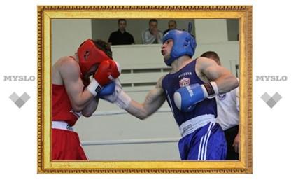 Тульский боксер Тарон Оганнисян стал лучшим