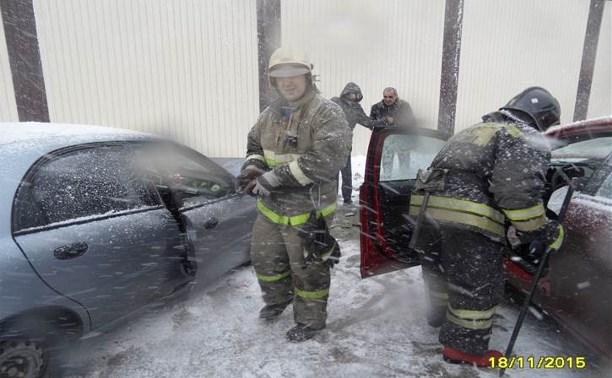На улице Мосина столкнулись три автомобиля