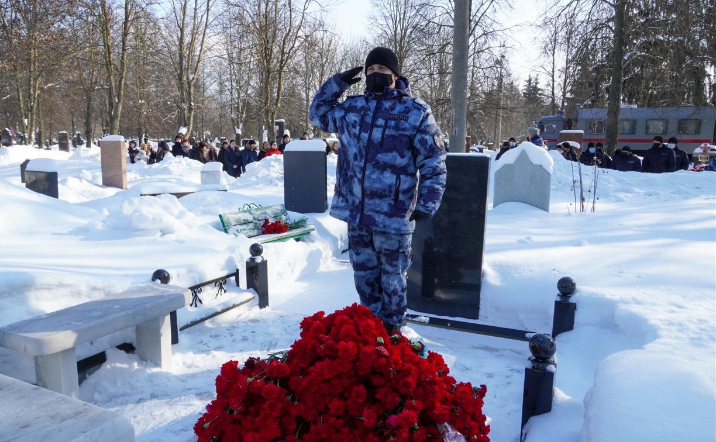 Тульские силовики почтили память Героя России Дмитрия Горшкова