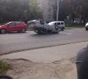 В Туле на ул. Станиславского перевернулась «Дэу Нексия»